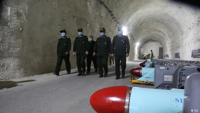 حسین سلامی در سخنان خود گفت: «آنچه امروز در این مجموعه میبینید یکی از چندین تأسیسات نگه دارنده موشکهای راهبردی نیروی دریایی سپاه است که در آن، ستونی از موشکها و سیستمهای پرتاب آنها را ملاحظه میکنیم.»