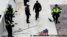 Capitol police react amidst clashes with pro-Trump protesters during a rally to contest the certification of the 2020 U.S. presidential election results by the U.S. Congress, at the U.S. Capitol Building in Washington, U.S, January 6, 2021. REUTERS/Shannon Stapleton