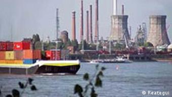 Der Rhein, Deutschlands größter Fluss und eine der wichtigsten Wasserstraßen Europas