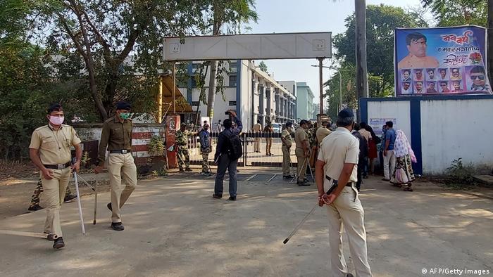 Indien Maharashtra |District General Hospital in Bhandara | Brand