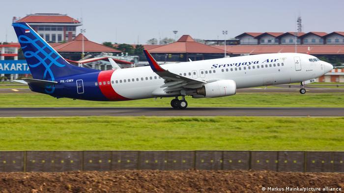 Літак Boeing 737-500 бюджетного перевізника Sriwijaya Air