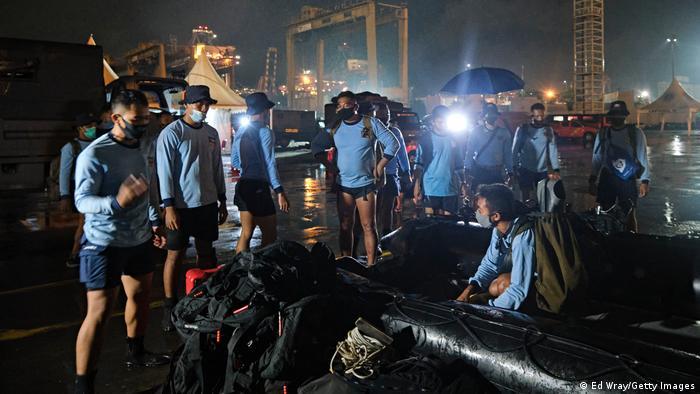 Indonsien | Suchaktion wegen vermisstem Flugzeug: Sriwijaya Air Flight SJ182
