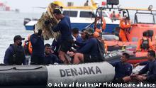Indonesien Jakarta | Flug SJY182 |Suche nach vermisstem Flugzeug