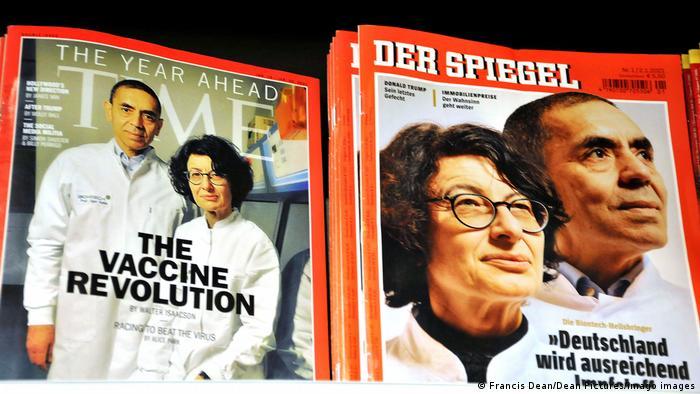 Обкладинки журналів Time Magazine та Spiegel з портретами засновників фірми BioNTech