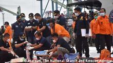 Indonesien Jakarta   Flughafen Soekarno-Hatta  Flugzeug vermisst