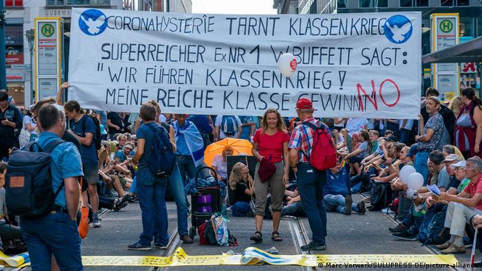 A Querdenker protest in Berlin