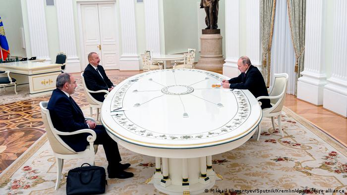 Лидеры Армении и Азербайджана на переговорах с Путиным в Москве, 11 января 2021