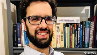 Fabio Waltenberg, Profesor de la Universidad Federal Fluminense, Brasil.