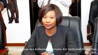 Sylvie Baïpo la ministre des Affaires étrangères (photo) estime que le rapport doit indiquer que le maintien de l'ordre constitutionnel passe par une condamnation ferme des ennemis de la paix qui viennent déstabiliser