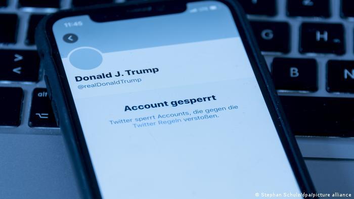 Bloqueio de usuários de redes sociais pode diminuir extremismo?