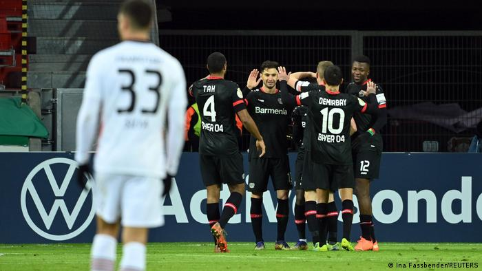 Deutschland | DFB-Pokal | Leverkusen gegen Frankfurt | Tor Diaby