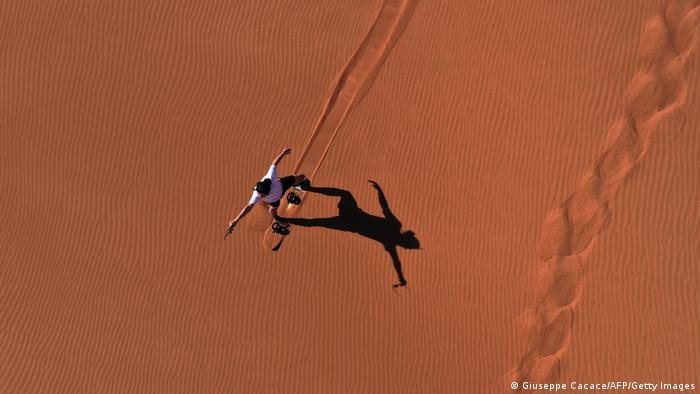 BdTD Vereinigte Arabische Emirate Sandboarding in Dubai