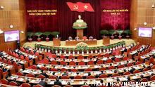 Treffen des Zentralkomitees in Hanoi zur Vorbereitung des Nationalkongresses