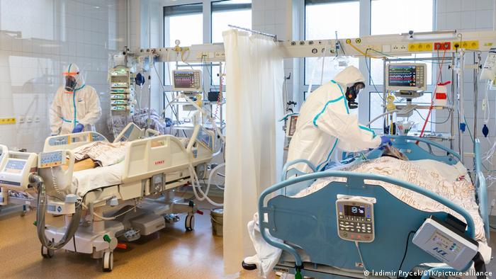 Corona-Patienten in einem tschechischen Krankenhaus