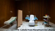 January 13,2021 : vaccination campaign against COVID-19 began in the atrium of the Paul VI Hall