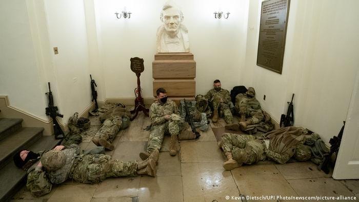 USA I Washington I Kapitol I Nationalgardisten