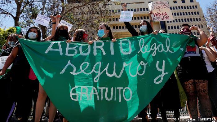 Chile avanza hacia la despenalización del aborto   Las noticias y análisis más importantes en América Latina   DW   28.09.2021