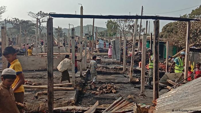 کمپ تکناف بعد از آتش سوزی