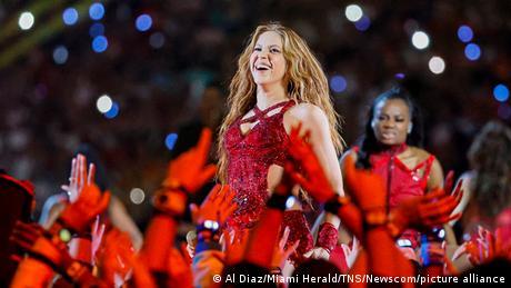 Shakira durante el show del medio tiempo del Super Bowl en el Hard Rock Stadium en Miami Gardens, Florida.