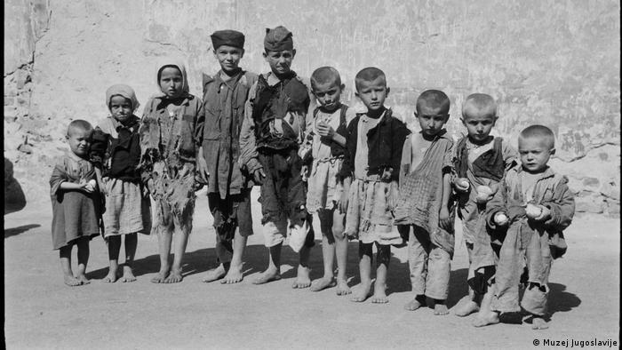 Srpska djeca u logoru u Sisku