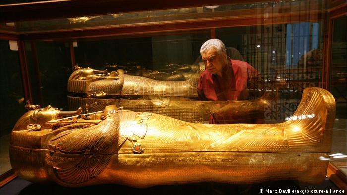 Zahi Hawass im Ägyptischen Museum