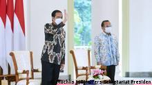 Indonesien Präsident Joko Widodo Vertragsunterzeichnung