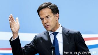 «Ο Ρούτε, ο οποίος μόλις παραιτήθηκε, θα διεκδικήσει την επανεκλογή του. Έχει καλές πιθανότητες»
