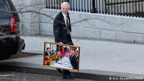 Washington White House Peter Navarro Foto Xi Jinping Trump