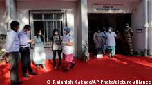 یکی از مراکز واکسیناسیون کرونا در هند