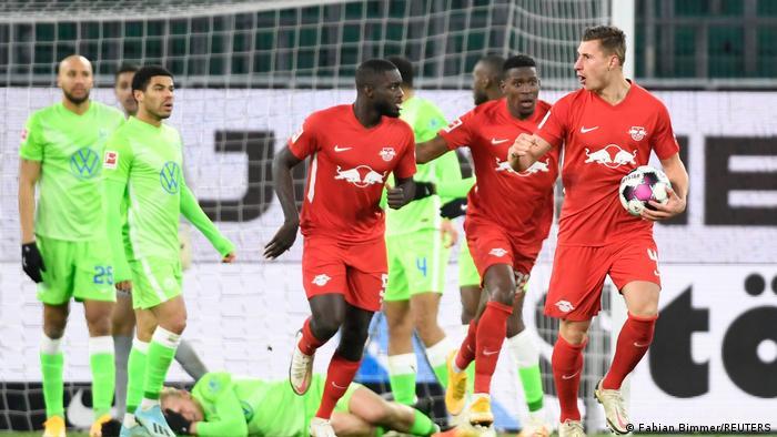 Bundesliga - VfL Wolfsburg v RB Leipzig | Tor (2:2)