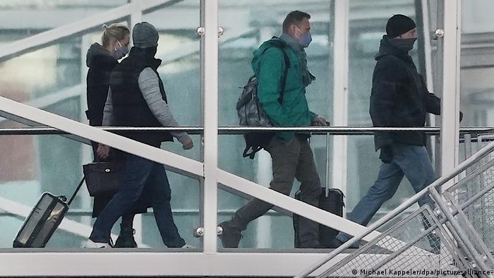Deutschland Berlin | Rückflug Alexej Nawalny