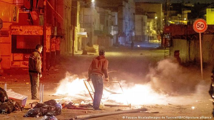 Tunesien Protest Zusammenstöße