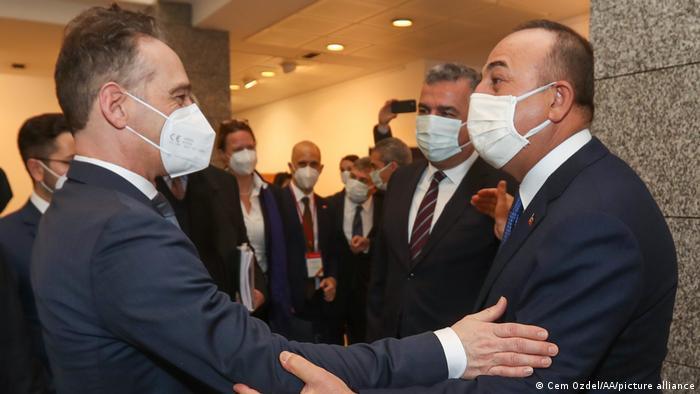 """Maas ve Çavuşoğlu'ndan """"olumlu gündem"""" vurgusu"""