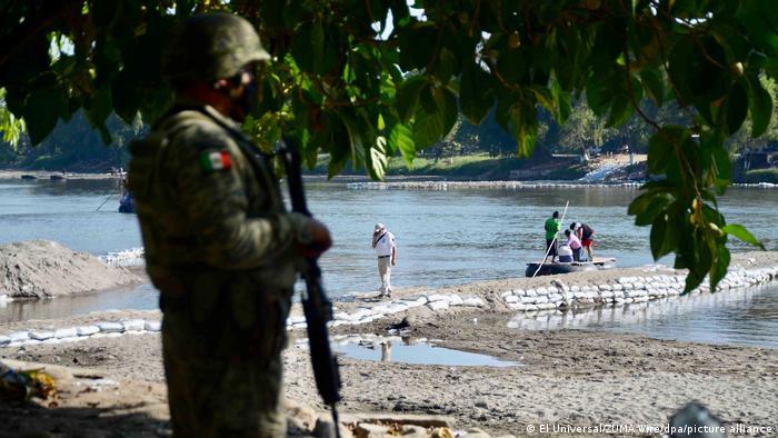 Frontera en el sur de México, vigilada por la Guardia Nacional mexicana.