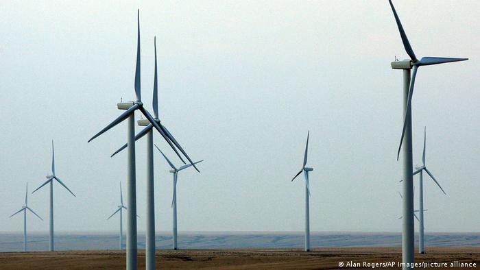 Ветряные генераторы в американском штате Вайоминг