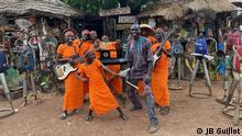 Benin | Musikband Star Feminine Band | Gründer Andre Balaguemon