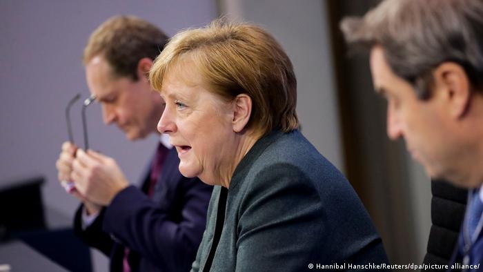 Канцлер ФРГ Ангела Меркель на заседании по ограничительным мерам 19 января