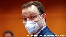 Deutschland Berlin | Jens Spahn mit Maske