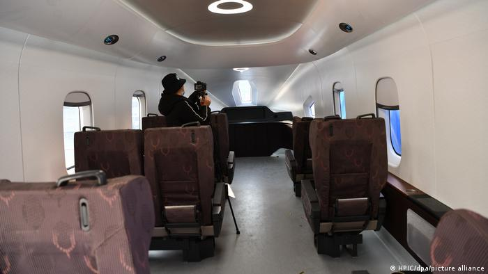 Slick interiors for China's mavlev train