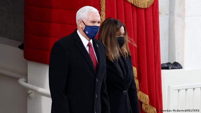 مایک پنس و همسرش