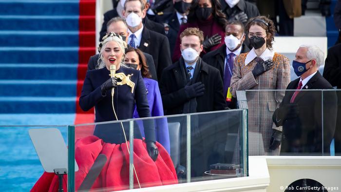 USA Washington | Amtseinführung: Joe Biden - Lady Gaga singt die Nationalhymne