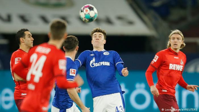 Deutschland Bundesliga - Schalke 04 v FC Cologne