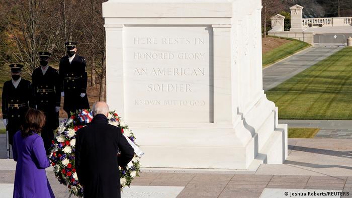 USA Präsident Joe Biden besucht den Arlington National Cemetery