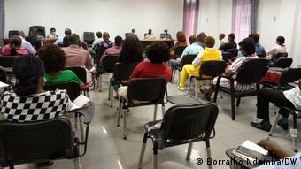 Angola Arbeitsbedingungen von Krankenpflegern