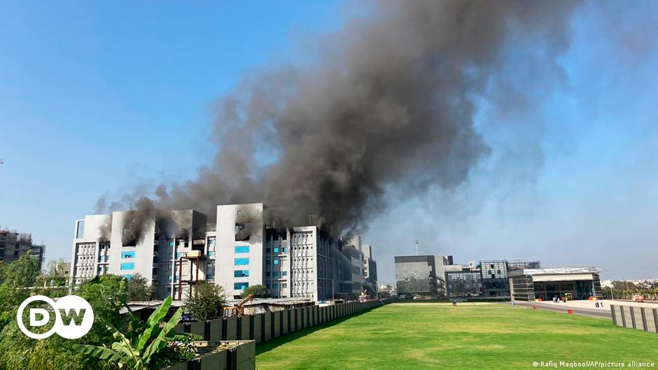 India: Blaze hits world's largest vaccine maker