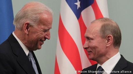 Джо Байден і Володимир Путін (праворуч)