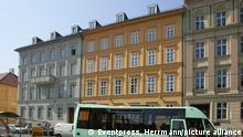 Deutschland Berlin Wohnhaus von Angela Merkel Am Kupfergraben