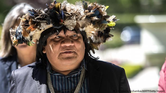 Almir Narayamoga Surui steht dem Volk der Surui vor