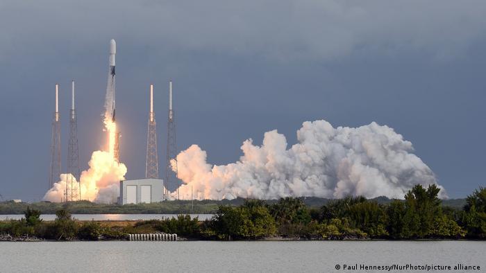 Запуск ракеты Falcon 9, январь 2021