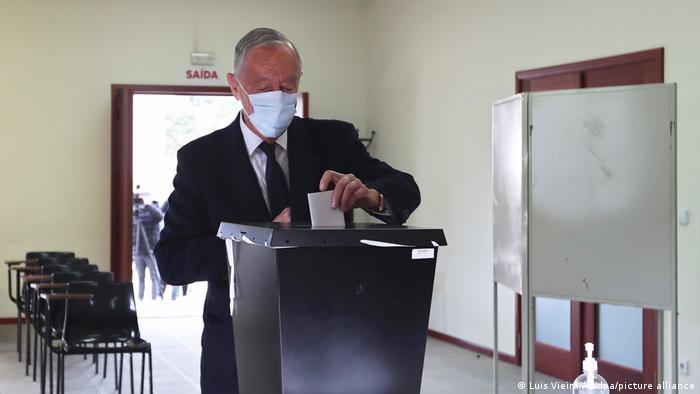 President Marcelo Rebelo de Sousa casts his ballot during presidential elections in Portugal